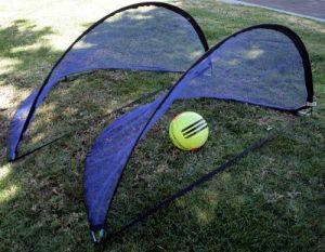 BlueDot Trading Lot de Deux (2) Portable Pop Up Pliable Soccer buts Enfant Soccer Manquait, 1,5m/1.6metres, Cadre Noir